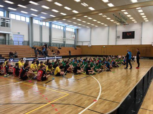 """Floorballturnier in Chemnitz """"Jugend trainiert für Olympia"""" – Regionalfinale"""